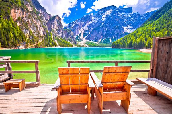Pihen fedélzet szék tó Alpok dél Stock fotó © xbrchx