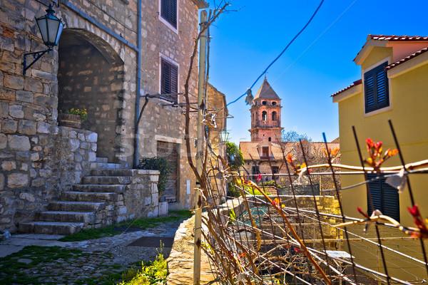 Ciudad edad piedra mediterráneo calle iglesia Foto stock © xbrchx