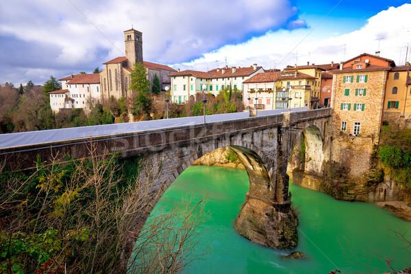 Histórico italiano puente verde río región Foto stock © xbrchx