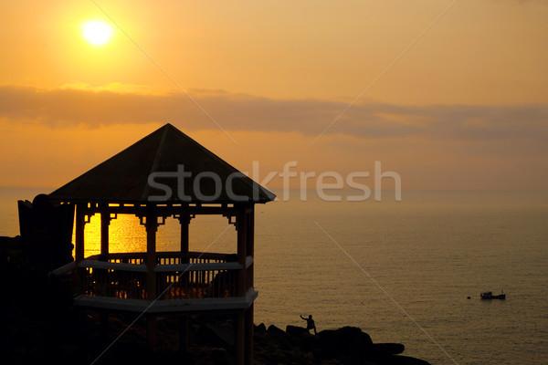 Yen zonsopgang silhouet horloge toren mensen Stockfoto © xuanhuongho