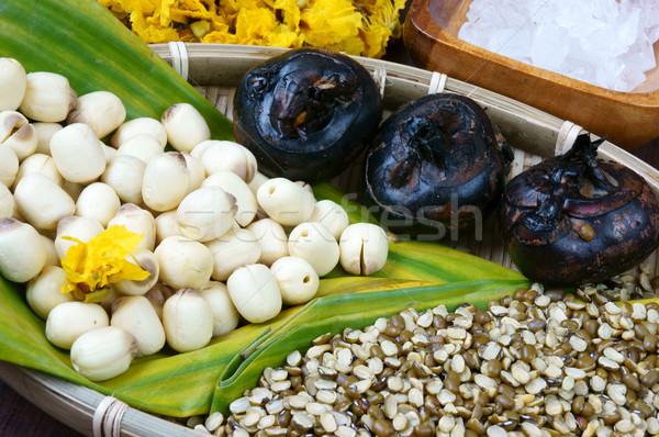 Vietnamese food, sweet lotus seed gruel Stock photo © xuanhuongho