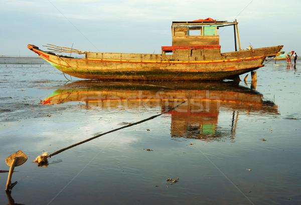 Harmonie houten vissersboot landschap kleurrijk Stockfoto © xuanhuongho