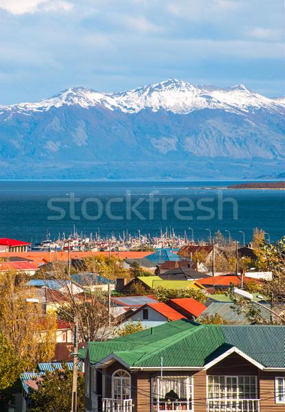 Şili gökyüzü su ahşap manzara kar Stok fotoğraf © xura
