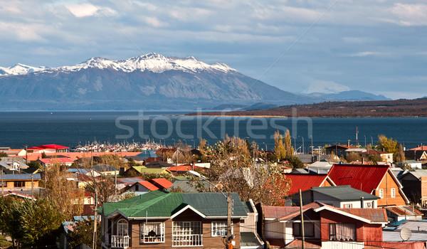 Chile víz fa város hegy tó Stock fotó © xura