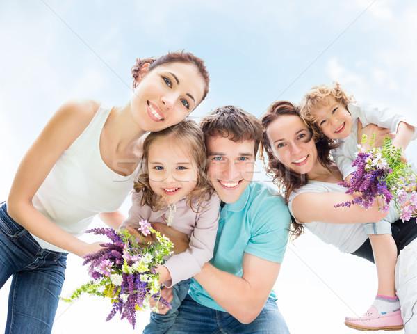 Gelukkig vrienden buitenshuis kinderen zomer Stockfoto © Yaruta