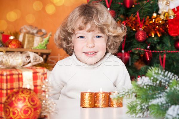 Feliz nino regalo retrato árbol de navidad Foto stock © Yaruta
