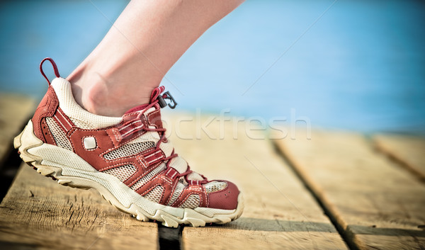 Jogging pied personne femme printemps route Photo stock © Yaruta