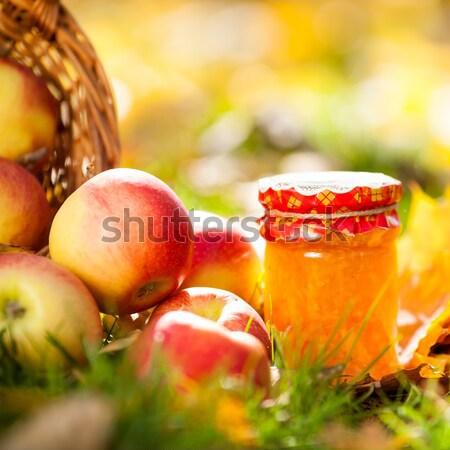Zdjęcia stock: Jabłko · jam · jar · jesienią · czerwony · soczysty