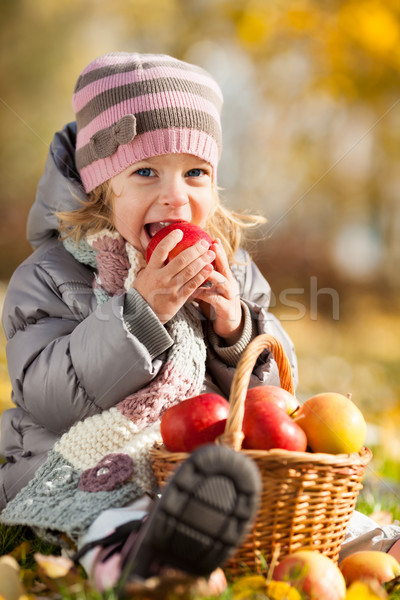Kid eating red apple Stock photo © Yaruta