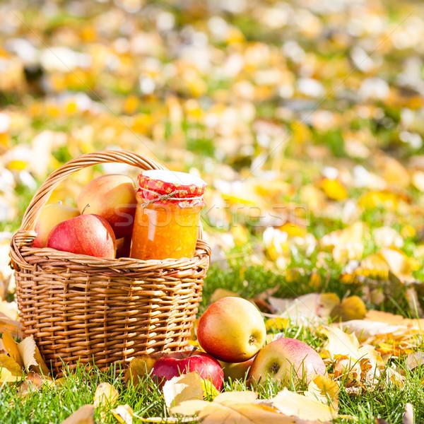 Zdjęcia stock: Jabłko · jam · jar · koszyka · pełny · czerwony
