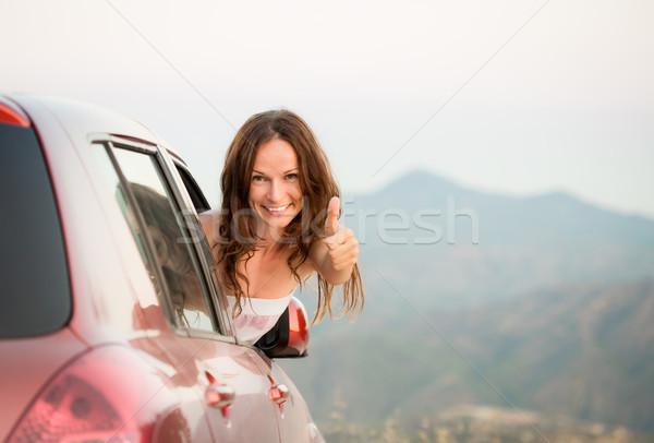 Boldog sofőr nő nyári vakáció mutat hüvelykujj Stock fotó © Yaruta