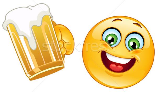 смайлик пива кружка человека счастливым Сток-фото © yayayoyo