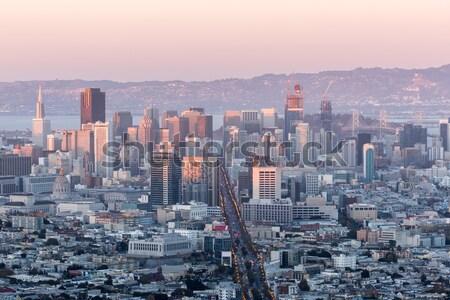Centre-ville San Francisco jumeau coucher du soleil dernier lumière Photo stock © yhelfman