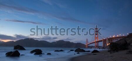 Brug schemering strand San Francisco beroemd Golden Gate Bridge Stockfoto © yhelfman