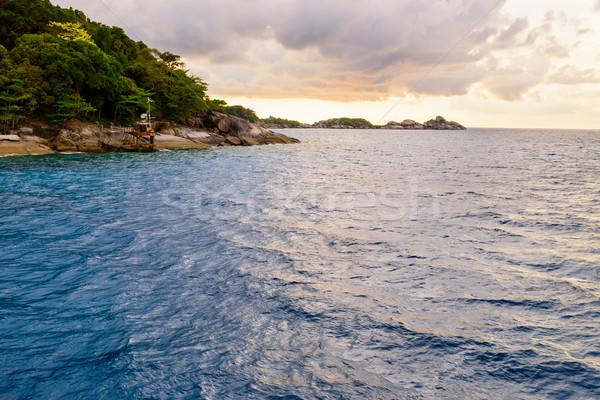 Mavi deniz gökyüzü Tayland güzel manzara Stok fotoğraf © Yongkiet