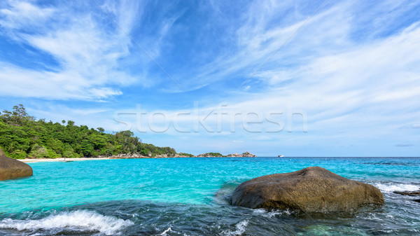 Nyár tenger Thaiföld gyönyörű tájkép kék ég Stock fotó © Yongkiet