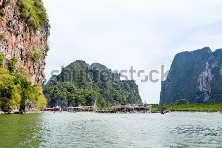 Grot groot schip zee oppervlak eiland Stockfoto © Yongkiet