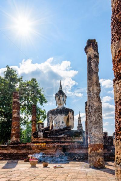 Buda estatua ruinas antigua sesión brillante Foto stock © Yongkiet
