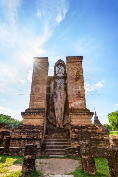 Будду статуя руин древних стоять Blue Sky Сток-фото © Yongkiet