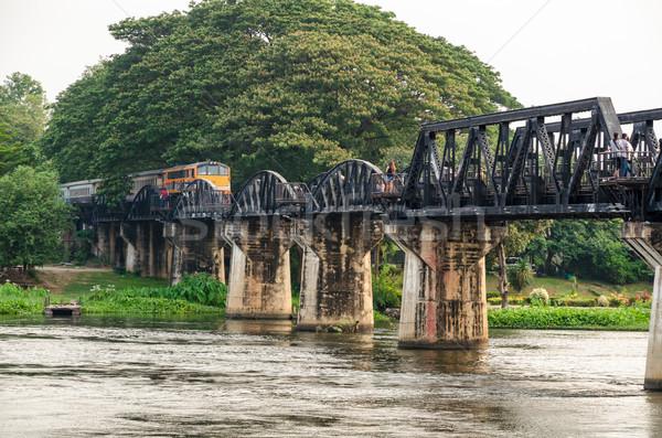 Ponte rio trens viajar corrida velho Foto stock © Yongkiet