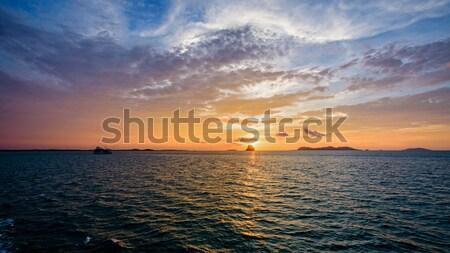 Zonsondergang zee Thailand mooie natuurlijke landschap Stockfoto © Yongkiet