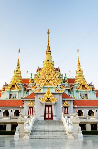 Belo dourado pagode famoso proibir arte Foto stock © Yongkiet