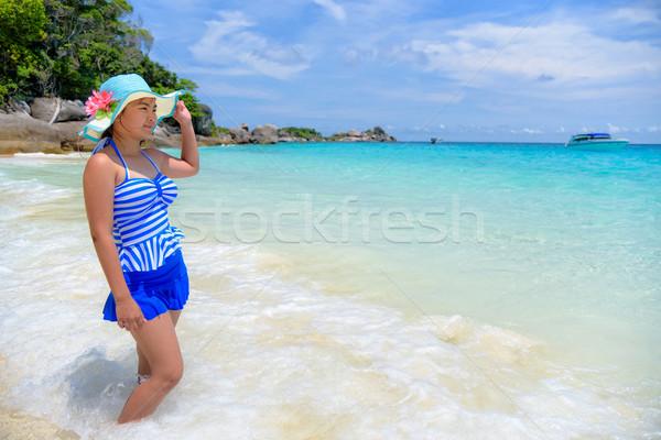 красивая женщина пляж Таиланд синий полосатый купальник Сток-фото © Yongkiet
