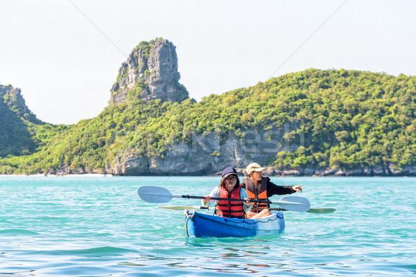 Anne kız seyahat kayık iki kadın mutlu aile Stok fotoğraf © Yongkiet