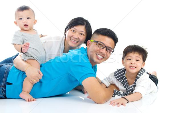 Asian familie vrouw man gelukkig Stockfoto © yongtick