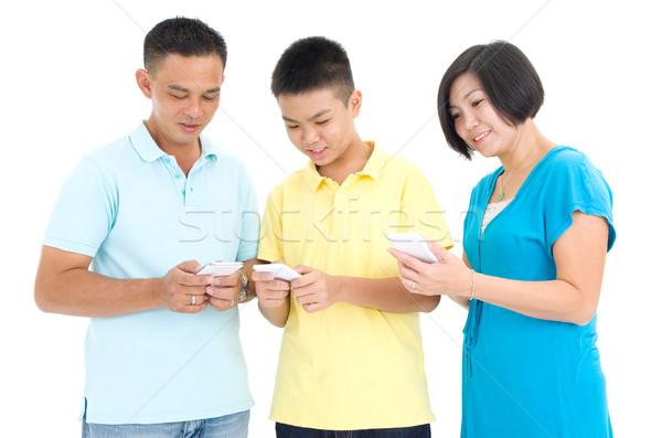 Asian familie recreatie technologie mensen ouder Stockfoto © yongtick