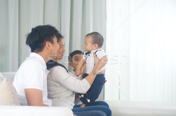 Asian familie spelen baby vrouw liefde Stockfoto © yongtick