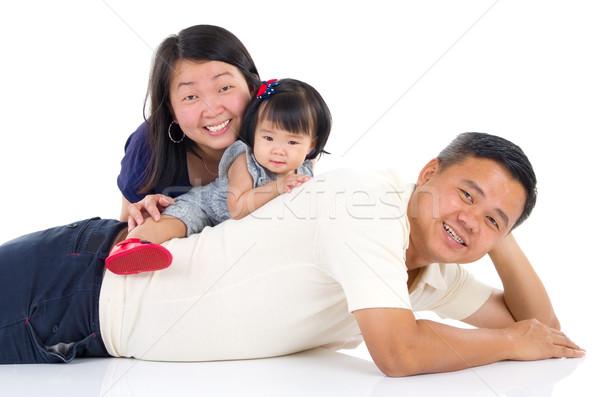 ázsiai család bent portré gyönyörű ház Stock fotó © yongtick