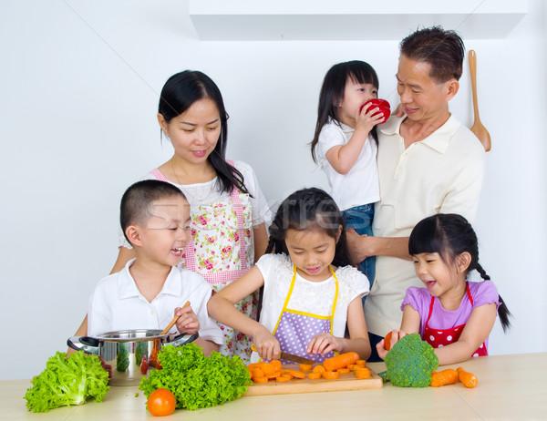 アジア 家族 キッチン 女性 子 母親 ストックフォト © yongtick