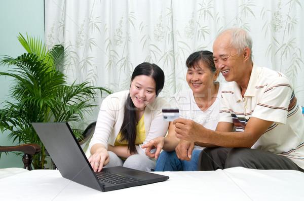 Asian familie ouder dochter haren Stockfoto © yongtick
