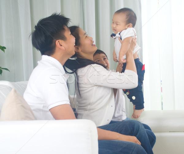 アジア 家族 演奏 赤ちゃん 女性 愛 ストックフォト © yongtick