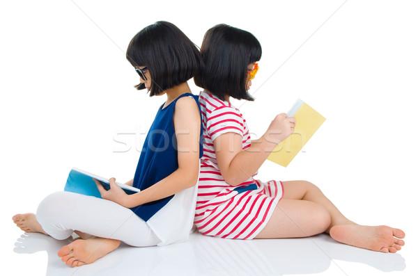Asiático crianças meninas óculos sessão Foto stock © yongtick