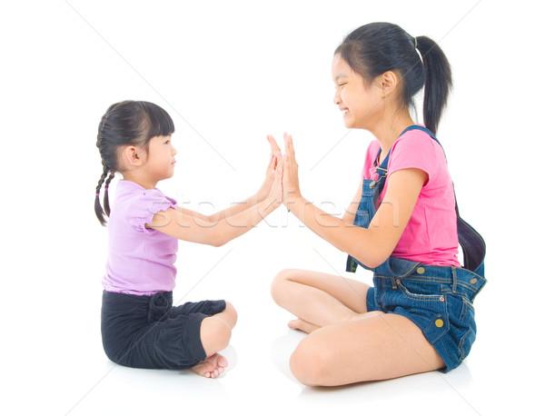 Asian kid amore giocare sorella famiglia Foto d'archivio © yongtick