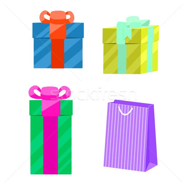 Szett ajándékdobozok papírzacskó vektor papír ajándék Stock fotó © yopixart