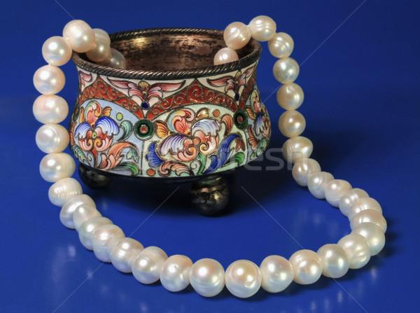 Srebrny polu powieka perła naszyjnik ciemne Zdjęcia stock © yul30