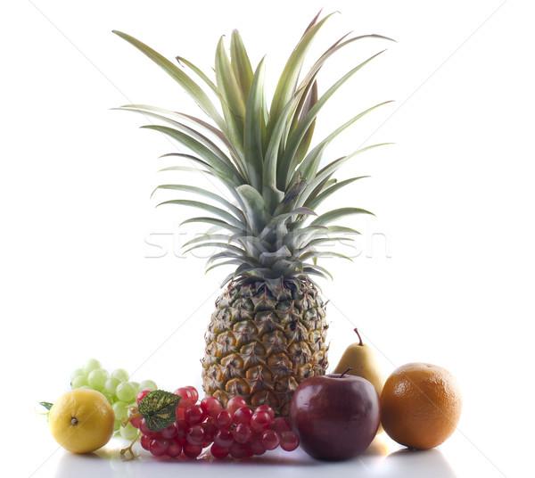 Meyve yalıtılmış beyaz gıda arka plan Stok fotoğraf © yuliang11