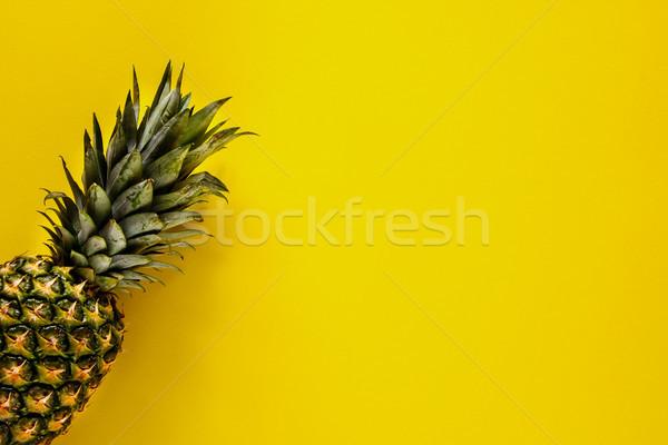 Fruta tropical ananás orgânico amarelo acima útil Foto stock © YuliyaGontar