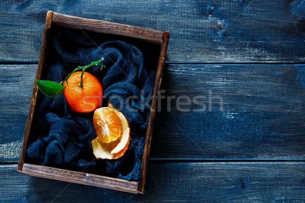Doboz lédús klasszikus érett mandarin levelek Stock fotó © YuliyaGontar