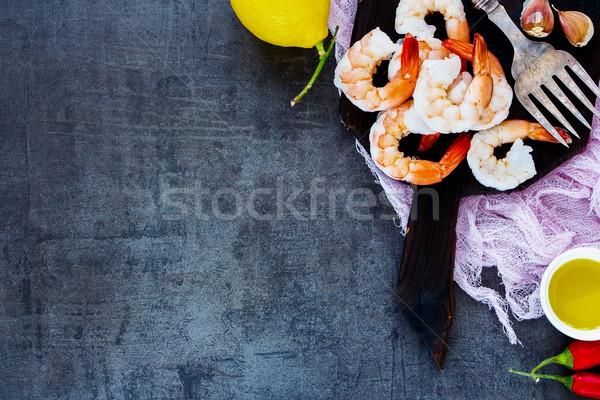 Fruits de mer cuisine fraîches rose crevettes citron Photo stock © YuliyaGontar