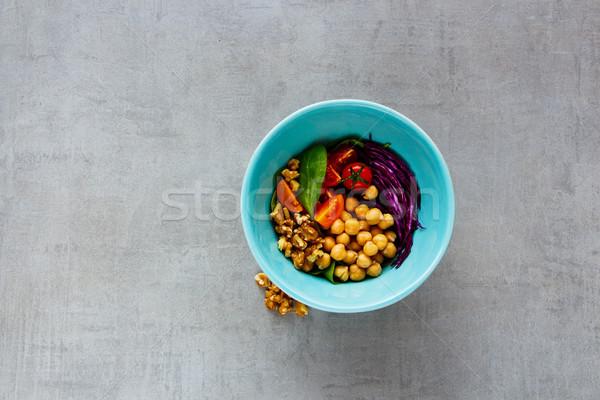 Vegan buddha ciotola energia spinaci pomodori Foto d'archivio © YuliyaGontar