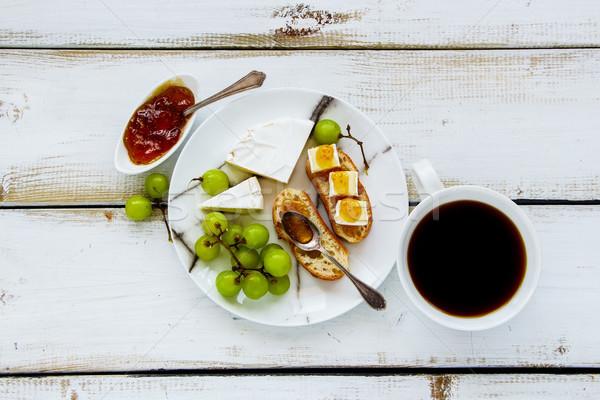 Brie vijg jam sandwiches top Stockfoto © YuliyaGontar