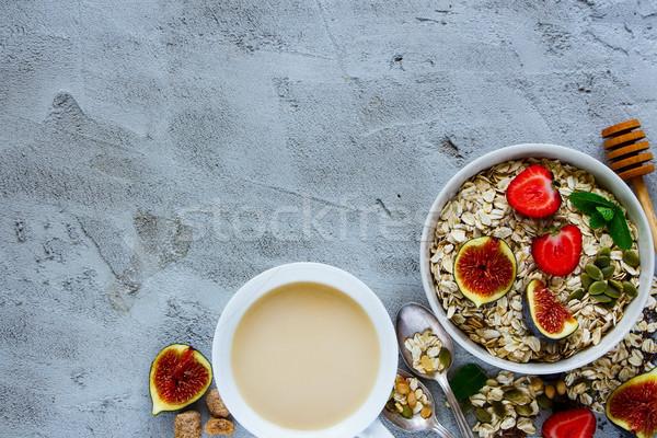 健康 朝食 先頭 表示 コーヒーカップ 燕麦 ストックフォト © YuliyaGontar