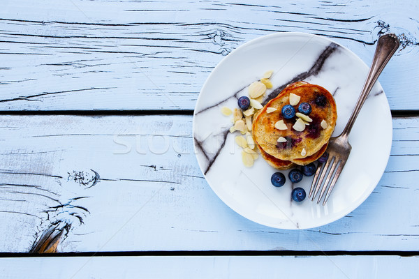 ブルーベリー 自家製 パンケーキ プレート はちみつ 新鮮な ストックフォト © YuliyaGontar