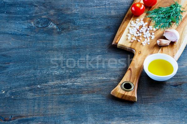 Donkere voedsel oude houten keukentafel Stockfoto © YuliyaGontar