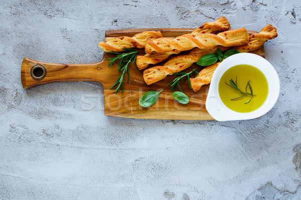 パン 新鮮な 木製 まな板 オリーブオイル ストックフォト © YuliyaGontar