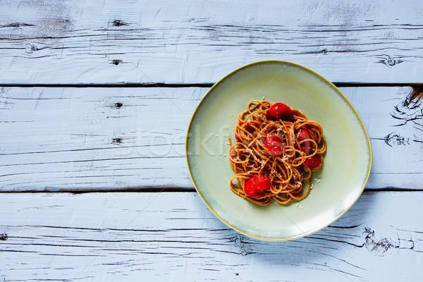 Italiano pasta espaguetis tomates queso parmesano Foto stock © YuliyaGontar